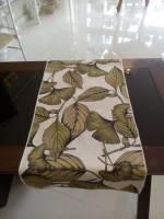 Caminho floral verde 2,00mtsX0,40mts